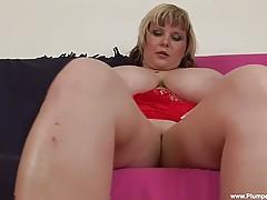 Watch BBW Juliana as she sucks and fucks...