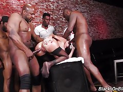 This is where her fantasy kicks in. The one she doesn`t really want anyone to know about: Dava Foxx wants a train run on her. You know...a good, old-fashioned gang bang. She`s never experienced a bunch of Bulls fucking her, so here`s her plan: slack off a