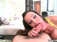 Brave princess is doing awesome blowjob in the room