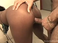 It's a hot ebony audition site where these bootylicious girls wanna become hot pornstars. They've got some huge asses and are willing to suck the director's cock in order to appear in his next porno film. Enter inside and see some thick n' juicy milk choc